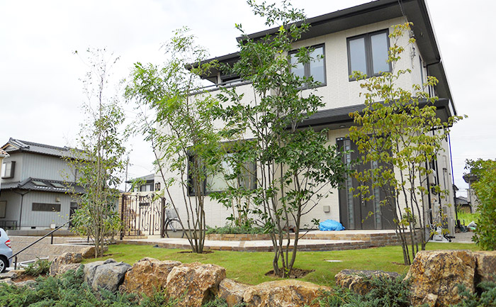 庭は家の品格を上げてくれる存在