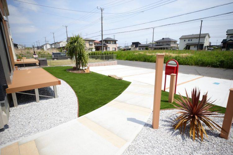 曲線を利用した庭