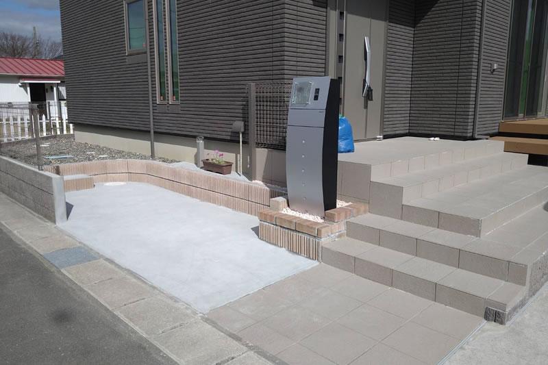 駐輪場・玄関アプローチ階段